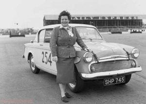 Silverstone+-+Daily+Express+-+May+1956_RB+934+-+Sheila+Van+Damme+-+Sunbeam.jpg.small (1)